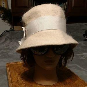Vintage Shag felt hat,